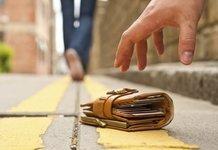 Потеря карты Сбербанка: блокировка, перевыпуск